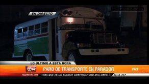 Continúa paralización del transporte en El Parador