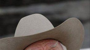 Cenizas de JR de Dallas serán expandidas por todo el mundo