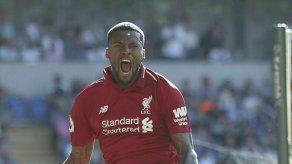 Liverpool recupera la cima; Everton aplasta a Man U