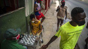 EEUU pone en lista negra tarjeta popular entre cubanos