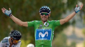 Alejandro Valverde gana al esprint la etapa 8 de la Vuelta a España