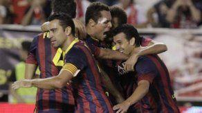 Barcelona golea 4-0 al Rayo y lidera con pleno de triunfos
