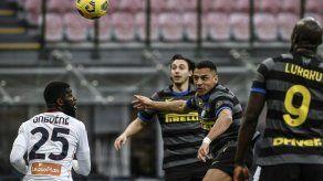 Alexis Sánchez cierra el triunfo 3-0 del líder Inter ante el Génova