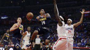 Nuggets remontan en el último cuarto ante Clippers en debut
