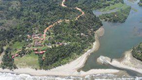 Gobierno entregará colegios en Mariato y Atalaya