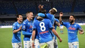 El Napoli golea y se sube al segundo puesto de la Serie A
