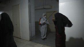 Sirios votan nuevo parlamento entre medidas contra el virus
