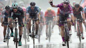 Giro: Viviani logra su cuarta victoria