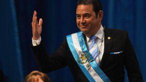 El expresidente Jimmy Morales será investigado por expulsar a jefe de misión de la ONU.