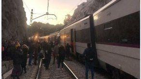 Un muerto y 95 heridos en un accidente ferroviario en Barcelona