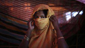 Bangladesh: ganadoras de Nobel se reúnen con mujeres rohinya