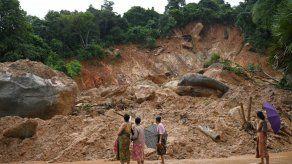 Ascienden a 63 los muertos debido a un corrimiento de tierra en Birmania