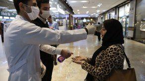 Arabia Saudí cancela peregrinación a La Meca por coronavirus