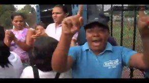Video: Padres se toman escuela en Paso Blanco de Pacora