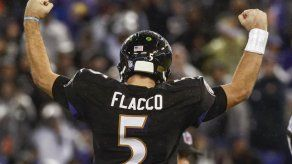 Ravens vencen a Colts y se acercan a playoffs