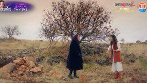 HERCAI | Azize busca desesperada a Reyyan para comprobar que está bien