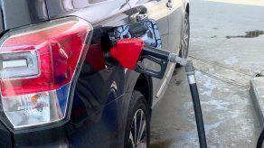 Nueva alza en precios del combustible a partir de este viernes