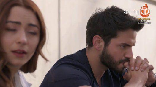 ENFERMERAS | Carlos se entera del embarazo de Helena