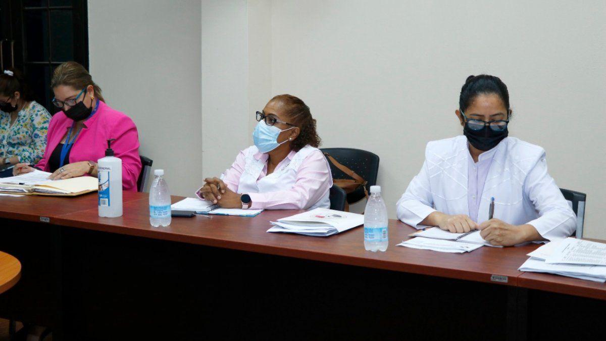 """""""Ambas entidades están comprometidas en buscar los mecanismos que satisfagan las inquietudes de la ANEP, por lo que no existe necesidad otras medidas"""", indicó el Minsa."""