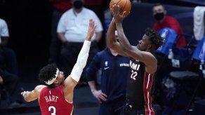 Butler conduce a Heat a victoria sobre Pelicans
