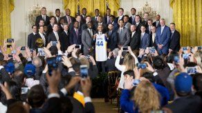 Warriors visitan a Obama en Washington