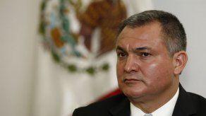 Juez niega fianza a exsecretario de seguridad de México
