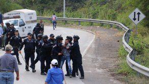 Ministro y director de la Policía defienden acciones en protestas de productores