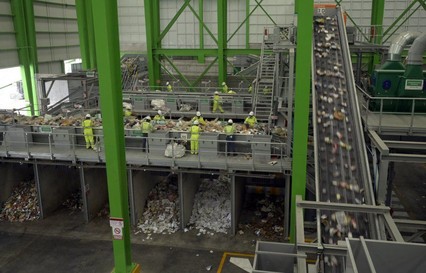 Se trata de una estación de transferencia y selección de desechos sólidos generados en un sector del norte de la capital