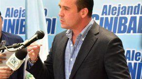 Guatemala: Renuncia candidato oficial a la presidencia