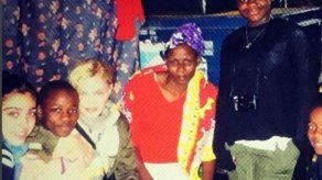 Madonna visita uno de los barrios más pobres de África