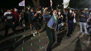Chile analiza otras constituciones para redactar una propia