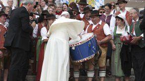 Cardenal es escéptico acerca de curas casados para Amazonas