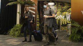 Nueva Zelanda y Australia lanzaron sus corredores de viajes libres de cuarentena el 18 de abril.