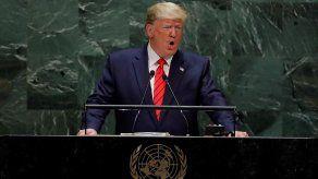 Trump dice que EEUU sigue muy de cerca la situación en Venezuela