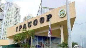 Imputan cargos contra siete personas por ocupar puestos botellas en el Ipacoop