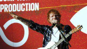 Balada de Ed Sheeran llega a 500 millones de reproducciones en Spotify