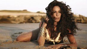 Rosario Flores regresa al Caribe
