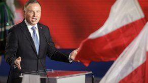 Escritor polaco afronta prisión por insultar al presidente