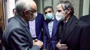 Irán afirma que hubo discusiones fructíferas con jefe del OIEA de visita en Teherán