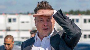Elon Musk da positivo... y negativo a tests rápidos de coronavirus