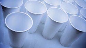 Nueva York quiere prohibir plásticos de un solo uso y envases de poliestireno