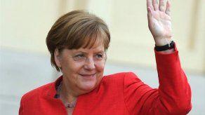 Merkel elogia a destacado estadista Annan