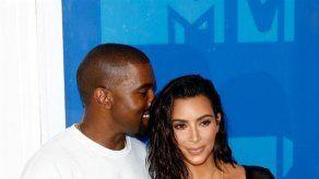 Kim Kardashian y Kanye West acuden a seminario para vencer sus miedos