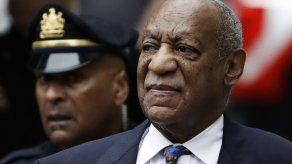 Cosby y su acusadora en la corte para inicio de sentencia