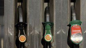 Shell reducirá refinerías y producción de hidrocarburos