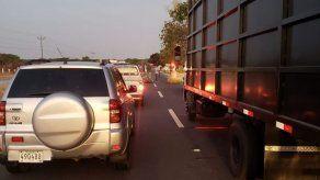 Moradores de Antón cerraron la vía Interamericana y se enfrentaron a antimotines