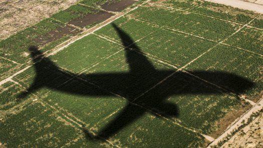 La reanudación de los vuelos hacia estos destinos turísticos se debe, según la nota, se debe a una mejora de los criterios de seguridad y comodidad en los aeropuertos egipcios para garantizar el bienestar de todos los pasajeros.