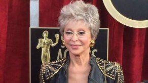 Rita Moreno entregará el galardón de honor a Banderas en los Premios Platino