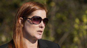 Acusan a mujer de amenazar a funcionaria electoral en EEUU