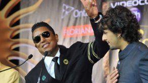 Jermaine Jackson quiere cambiar su apellido porque ama el sol